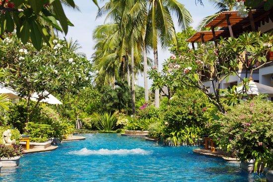 Railay Village Resort: Бассейн.