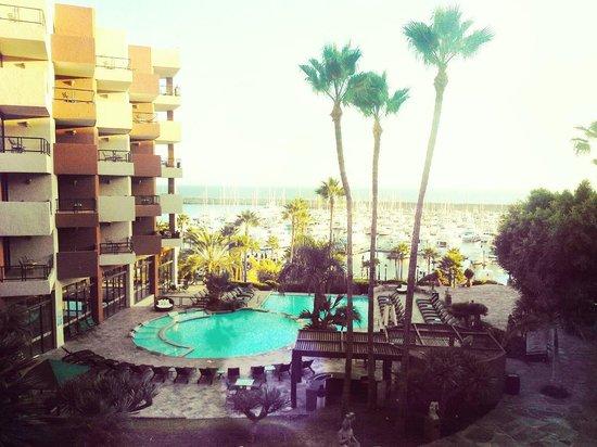 Hotel Coral & Marina: Vista de habitación