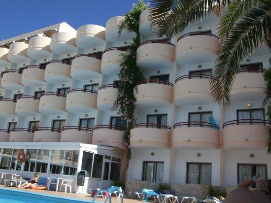 Complejo Costa Sur - Sol Post Hotel: hotel balconies