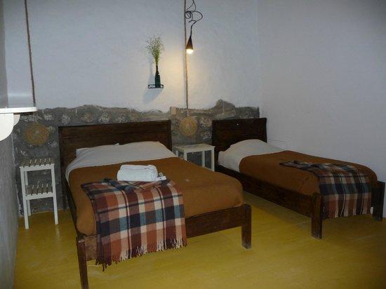Ninos Hotel Meloc: Room Alan...comfy, firm, warm beds :)