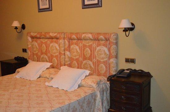 Hotel Villa de Luarca: Habitacion