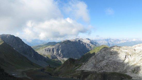 Parsenn Skigebiet: Альпы в Граубюндене