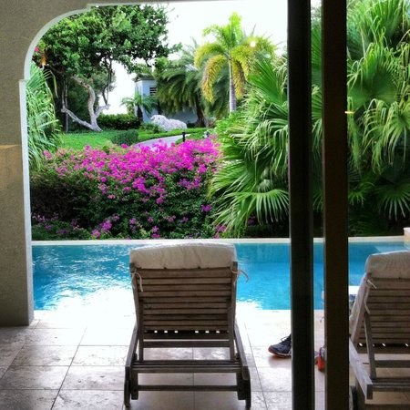 Meads Bay Beach Villas: Lush Villa 3