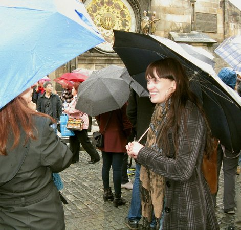 Art of Your Travel - Tours : Martina sharing stories about the astronomical clock