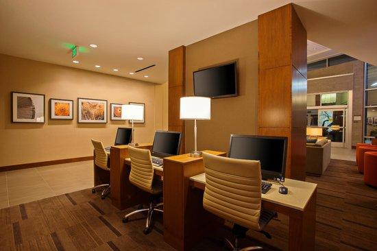 Hyatt Place LAX El Segundo: E-Center with Remote printing