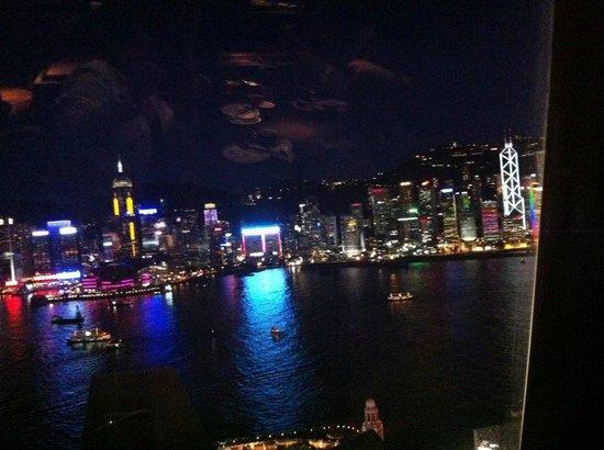 อ่าววิคตอเรีย: View from Hutong, 28th floor, 1 Peking Rd