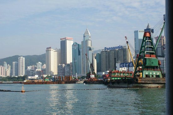 อ่าววิคตอเรีย: cargo working areas on the waterfront