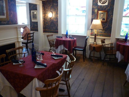 The Colonial Inn: Liberty dining