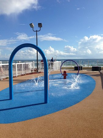 Hampton Inn Daytona Beach Beachfront Kids Water Play Area
