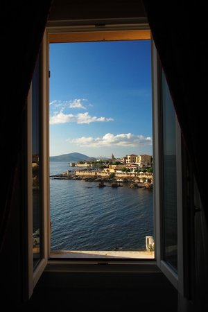 Villa Las Tronas Hotel  & Spa: View from our window, room 204.