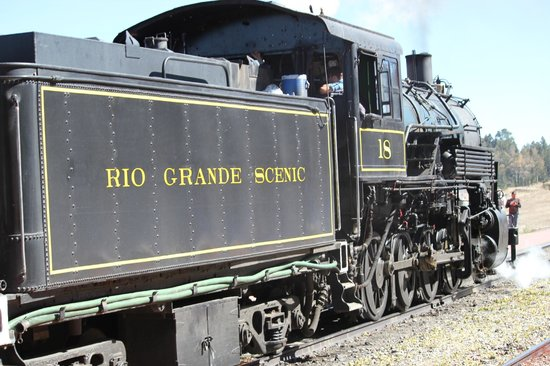 Rio Grande Scenic Railroad: Reverse view of engine