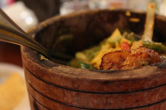 Salsa Mexican Caribbean Restaurant: Pom-Pom-Pom's Goodness