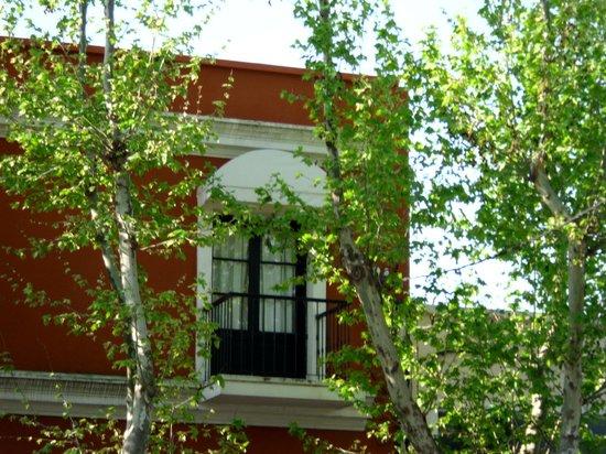 Hotel Beltran: vista balcon desde la calle