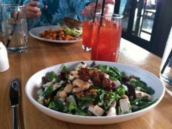True Food Kitchen : Chopped chicken salad