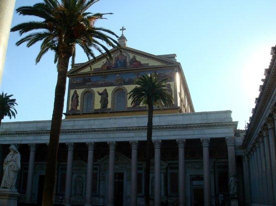 Ostia Tours - Ostia Antica Tours: Basilica Papale di San Paolo
