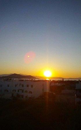 Saint Vlassis Hotel : sunset from penthouse terrace