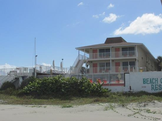 Royal Holiday Beach Motel : Blick vom Strand