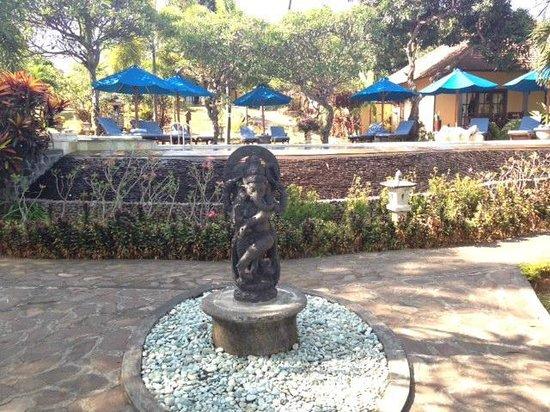 Puri Mangga Sea View Resort & Spa: pool