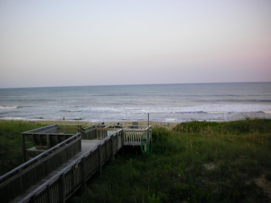 Outer Banks Beach Club : From the livivngroom.