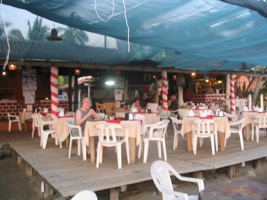 Roberto's Bistro, Troncones
