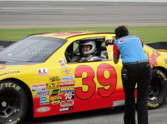 Richard Petty Driving Experience: Lets go racing!!