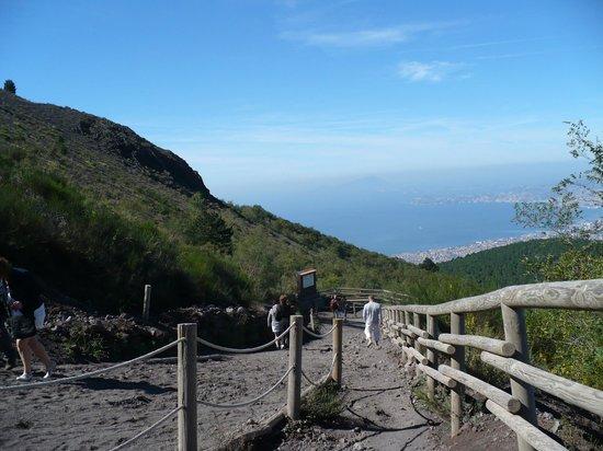 Mt Vesuvius Path