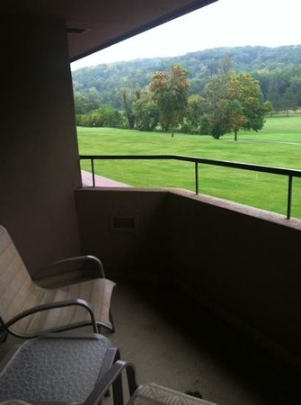 The House on the Rock Resort: Balcony with a golf course view
