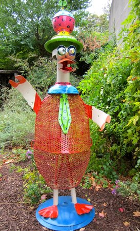 American Visionary Art Museum: In the garden~