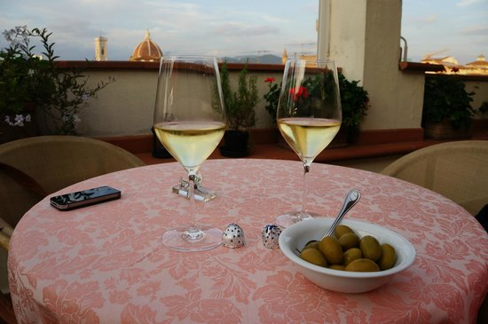 Pitti Palace al Ponte Vecchio : Happy hour at Pitti Palace