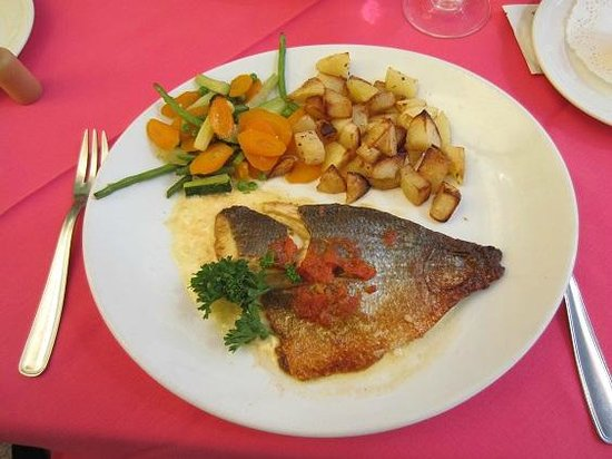 Capitaine Cook: Grilled Fish