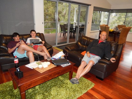 Acacia Chalets Margaret River: Time for a relax...