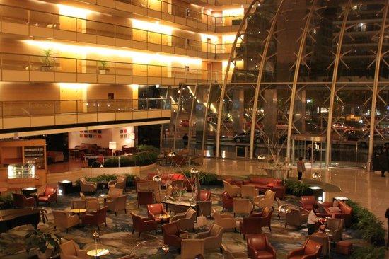 Hilton Buenos Aires: Hall de recepcion