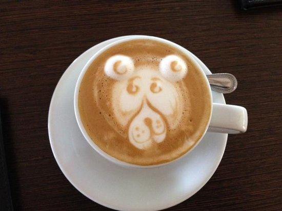 Choco Cafe: Monkey sighting!!