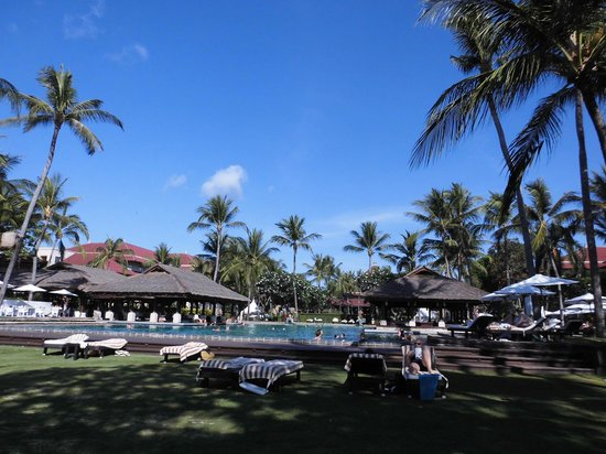 INTERCONTINENTAL Bali Resort: 庭