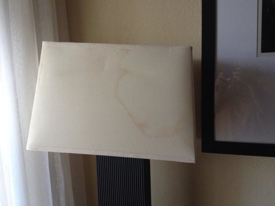 The Inn at Little Harbor: Water Stain on the lampshade.