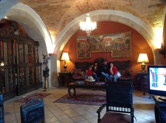 Parador Santa Maria la Real : lobby del  hotel parador