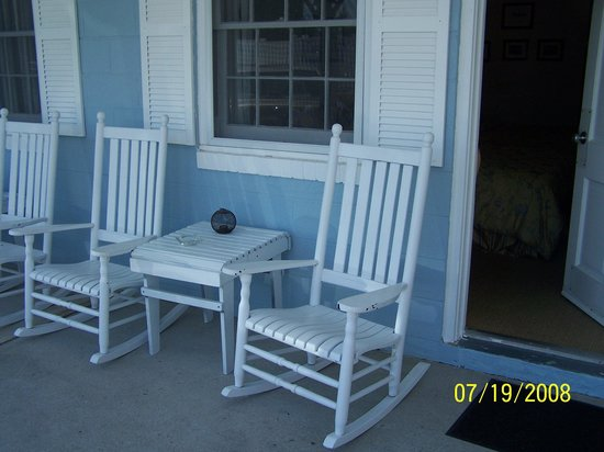 Blue Fish Inn: On the porch