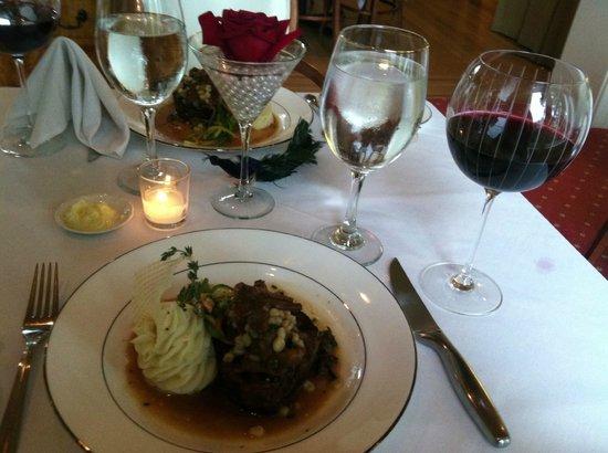 Inn at 202 Dover: Dinner