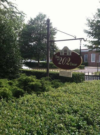 Inn at 202 Dover: Sign out front