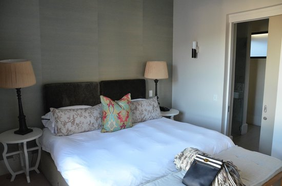 The Rex Hotel: Room