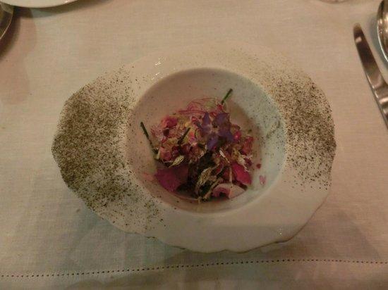 D.O.M.: Salad of flower paddles