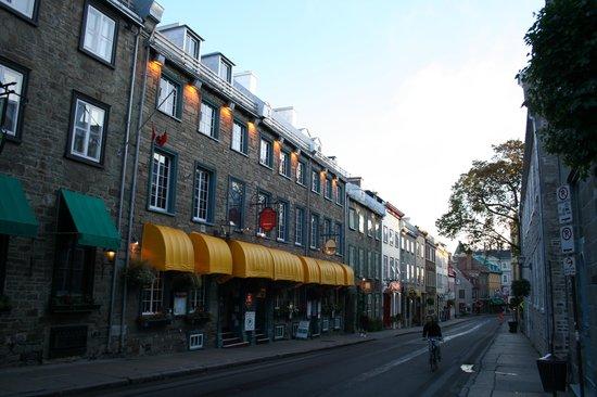L'Auberge Saint Louis: ホテルのある界隈