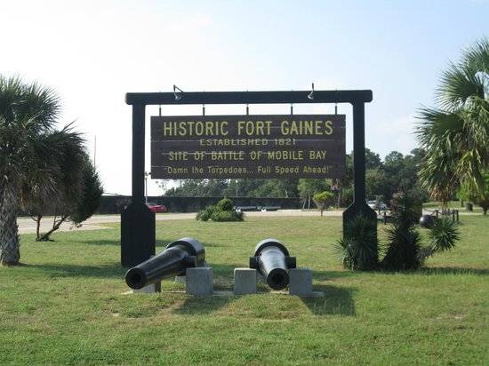 Fort Gaines: sign at entrance