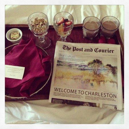 Harbourview Inn: breakfast in bed! free breakfast.