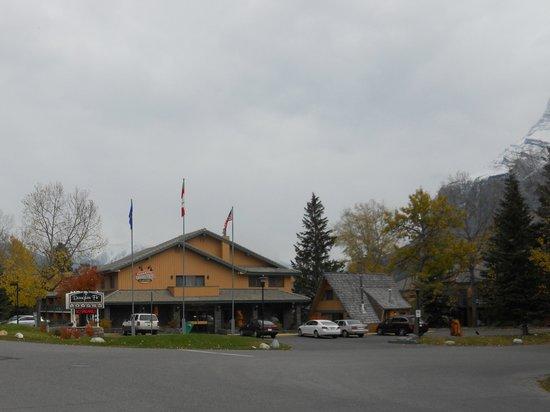 Douglas Fir Resort & Chalets: Douglas Fir Beauty