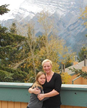 Douglas Fir Resort & Chalets: Our patio area room 307
