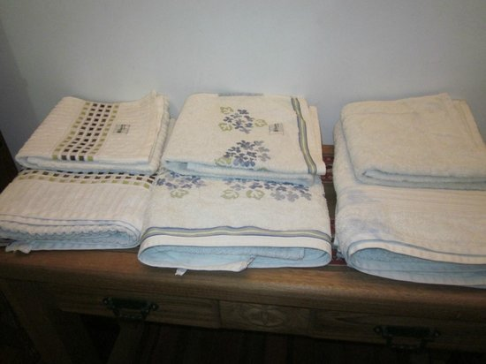 Casa Verde B&B: Towels