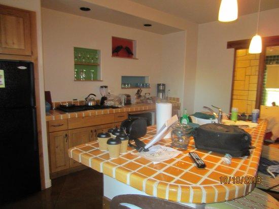 Embarc Palm Desert: full size kitchen