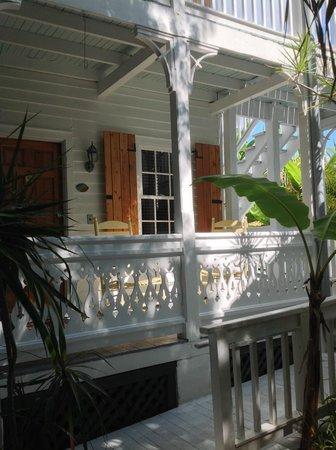 Key West Harbor Inn: Outside Barbados room