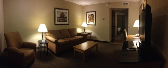 Drury Inn & Suites San Antonio Airport: Sitting area